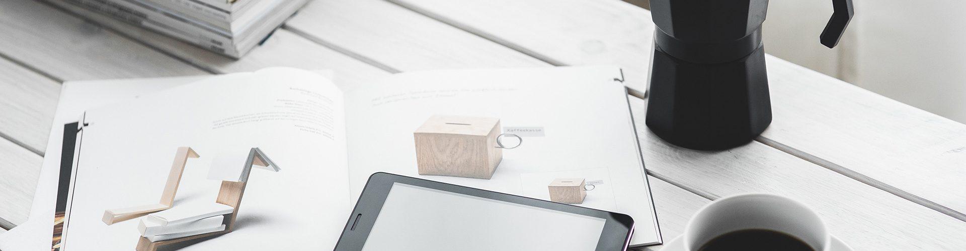 arbeiten-arbeitsplatz-bildschirm-6350
